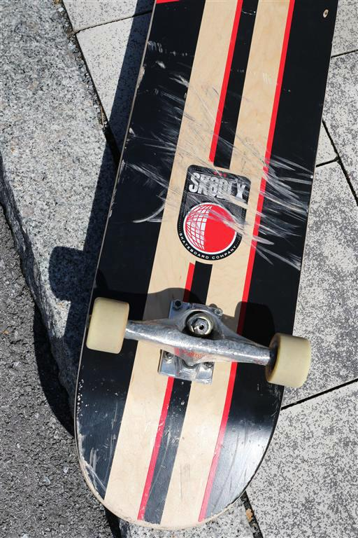 SK8DLX Soccer Series Deck