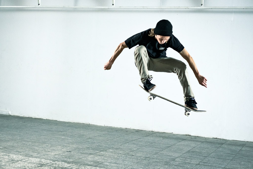 7 day Skateboard Mastery: Day 1 The Ollie