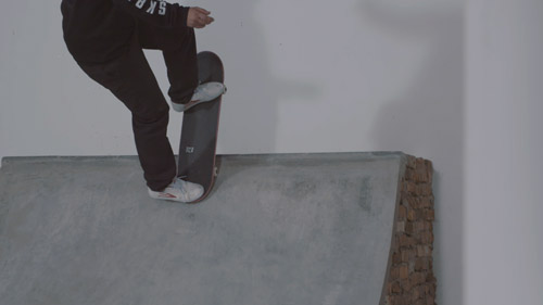 Skateboard Trick Blunt to Fakie