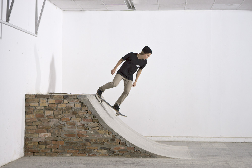 skateboard trick tipp drop in skatedeluxe blog. Black Bedroom Furniture Sets. Home Design Ideas