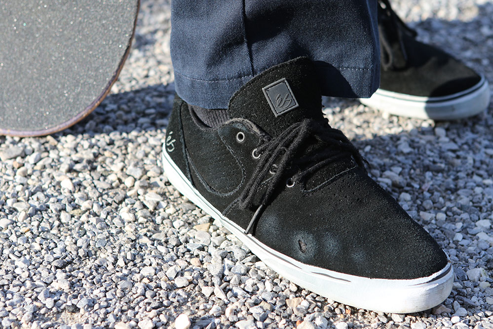 The éS Accel SQ skate shoe at skatedeluxe