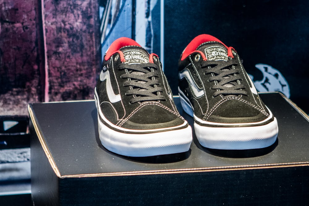 3d36fa915137f3 ... Vans TNT Advanced Prototype Black-White-Red ...