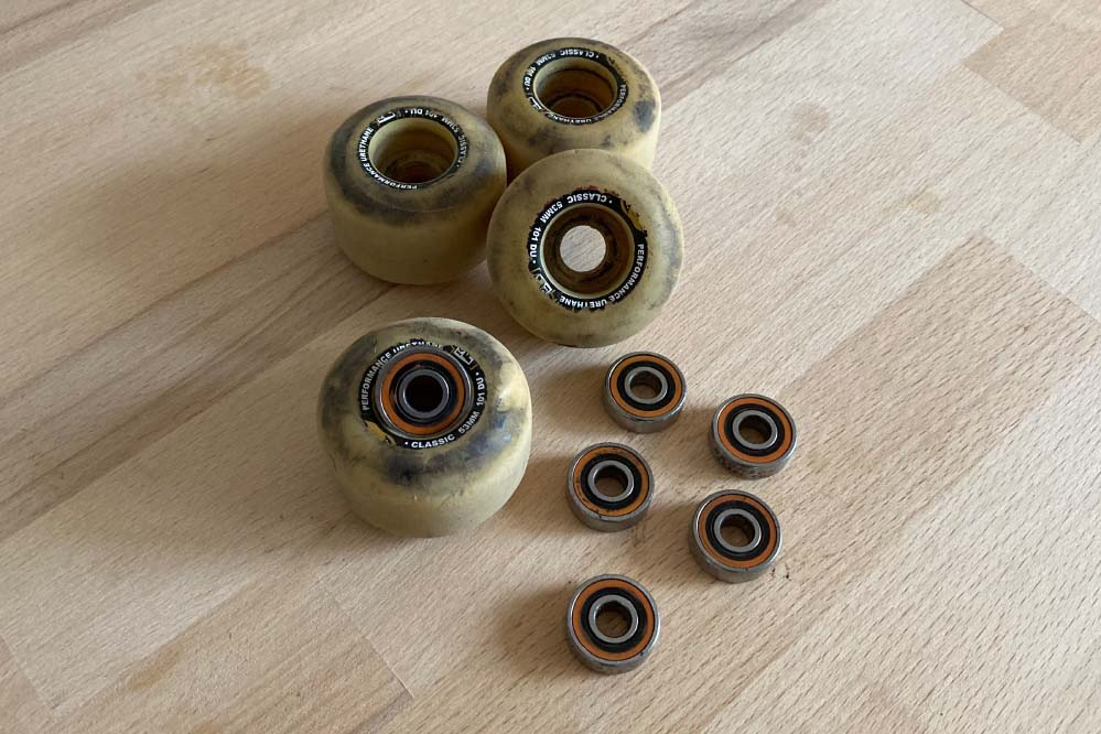 How to clean your bearings - step 1: Get the bearings out of the wheels