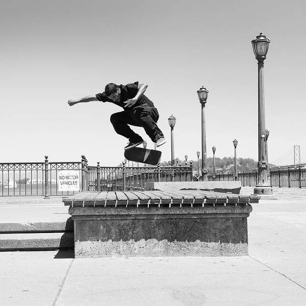 DC Shoes Skate Team Tiago Lemos Switch BS Flip