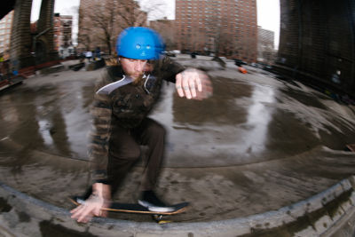 Triple Eight Skate Team Mike Vallely Wallride